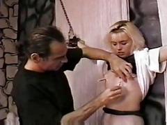 Castigate a hawt slave girl